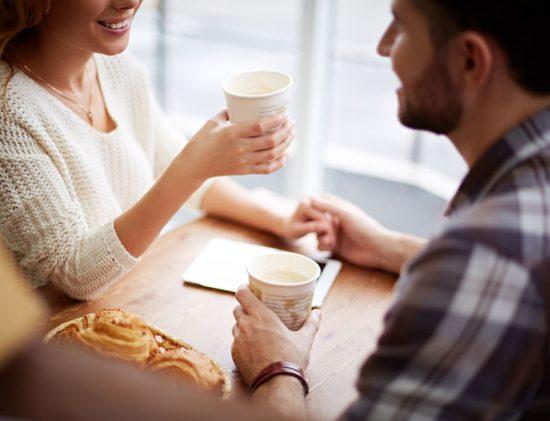 Undersökning: Så länge väntar vi innan första dejten