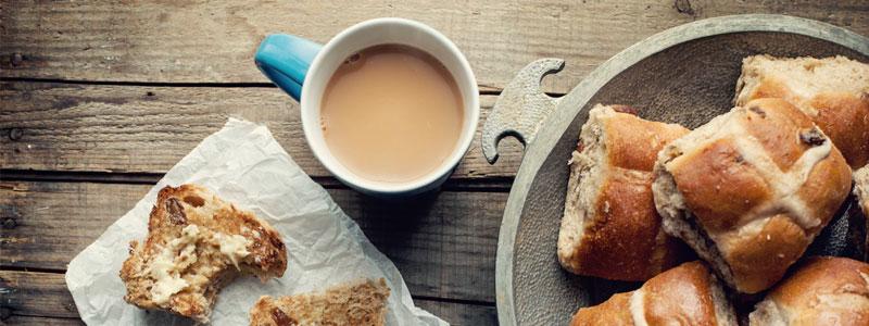Njut av långa och sena frukostar. Skrutta runt i morgonrocken typ hela dagen. Så skönt.