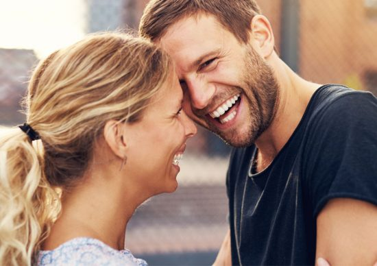 Lättsamma frågor att ställa under dejten